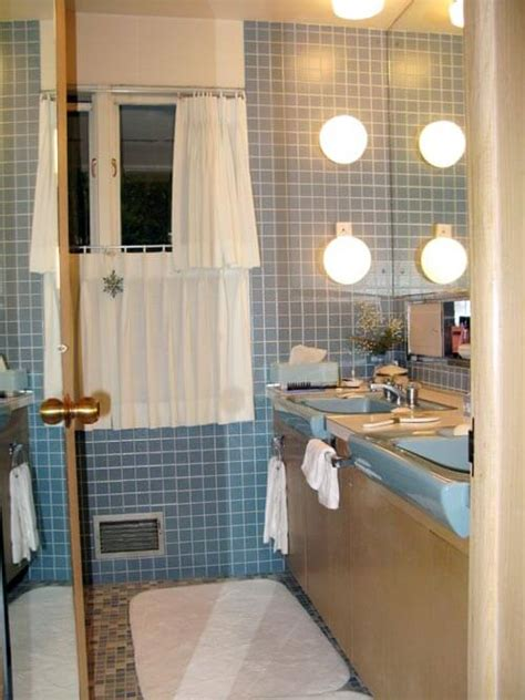 terrific bathroom tile ideas   reader bathrooms