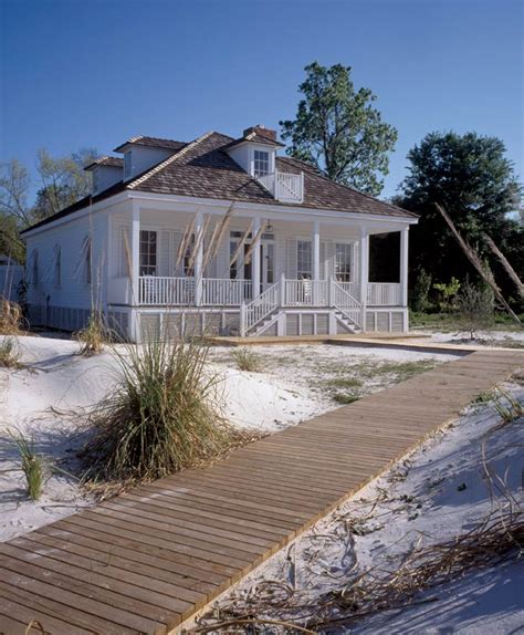 A Simple Creole Beach Cottage  Oldhouse Online  Old