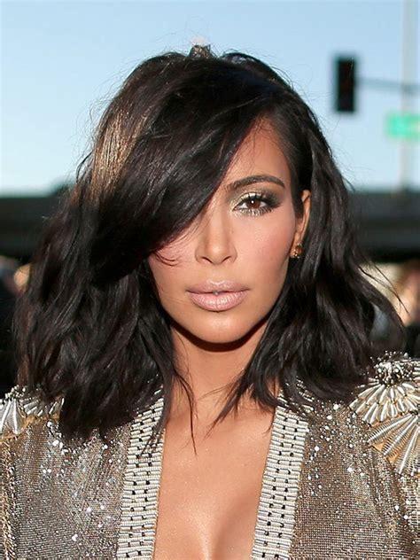 kim kardashian rocks stunning wavy shoulder length hair