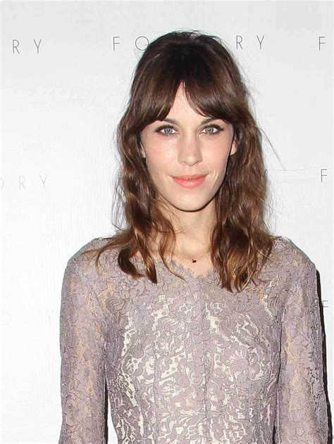 Curved Fringe Hairstyles Fade Haircut