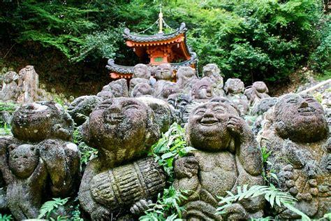 temple kyoto otagi japan nenbutsu ji nenbutsuji arashiyama stone temples buddhist statues buddha whimsical 1200 coolest voyage ending never shrines
