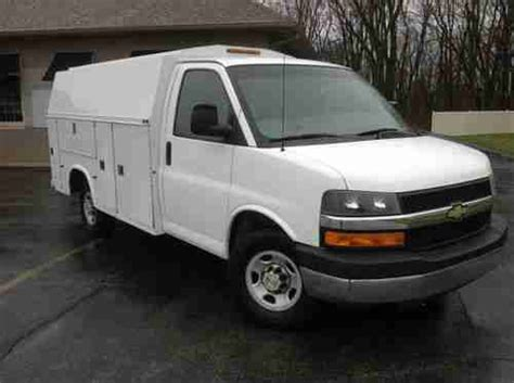 automobile air conditioning service 2007 chevrolet express 3500 regenerative braking sell used 2007 chevrolet express 3500 base cutaway van 2 door 6 0l knaphiede utility box in