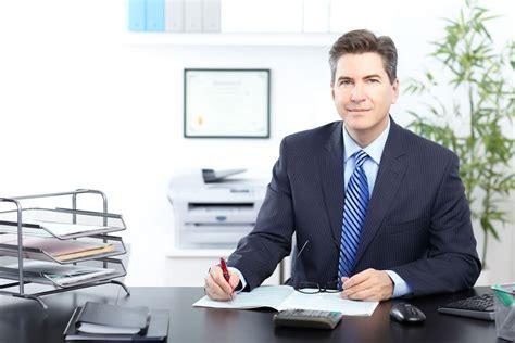 bureau num ique du directeur directeur des opérations salaire études rôle