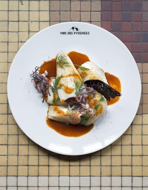 cuisine calamar calamars farcis piquillos et fenouil pour 6 personnes recettes à table