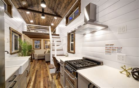 luxury tiny homes   canada  mint luxury residence