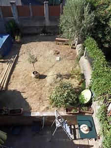 besoin d39idees pour amenager un petit jardin With exemple de jardin de maison 9 besoin daide et didees pour amenagement saloncuisine