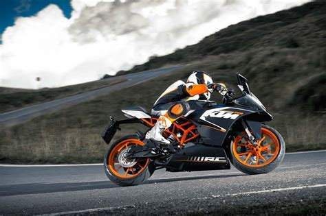 Ktm Rc 200 Wallpapers by Ktm Rc 200 Hd Wallpapers Wallpaper Cave