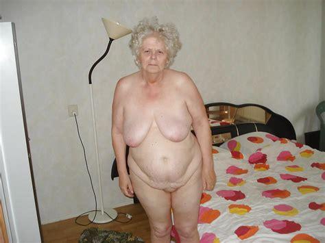 Oma Alte Reife Haarige Amteur Großmutter Oma Nackt Porno