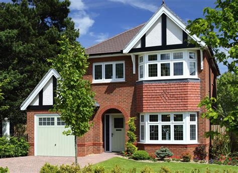 Weaver Park  New, 3 & 4 Bedroom Homes In Hartford Redrow