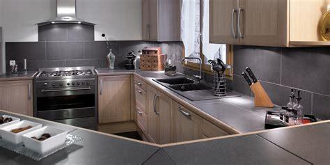 cuisine noir cuisine bois et noir agrandir une cuisine bois et blanc