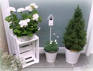 Deko Haustür Sommer : sommerdeko vor dem haus blumen garden styles outdoor flowers und chic beach house ~ Orissabook.com Haus und Dekorationen