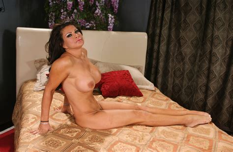 Milf Teri Weigel Fucking In The Couch With Her Big Tits