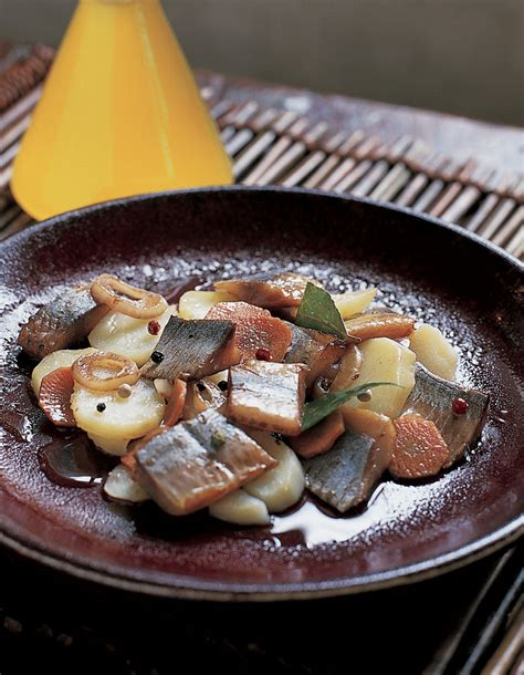 nouvelles recettes de cuisine harengs marinés à l huile nouvelle et au vinaigre