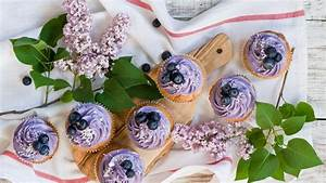 HD Hintergrundbilder creme lila heidelbeeren muffins