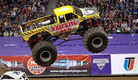 monster truck jam houston 2014 monster jam houston 2015 365 houston