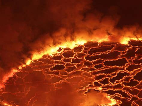 chambre magmatique la chambre magmatique des supervolcans ressemble à une