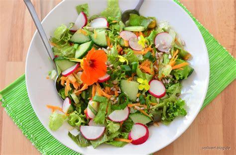 salatvielfalt leitfaden fuer einen gemischten salat dem
