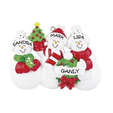 snow family 3 personalised christmas ornament m10 3