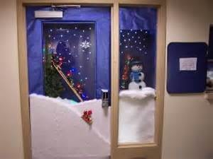 43 best images about door decorating contest ideas on