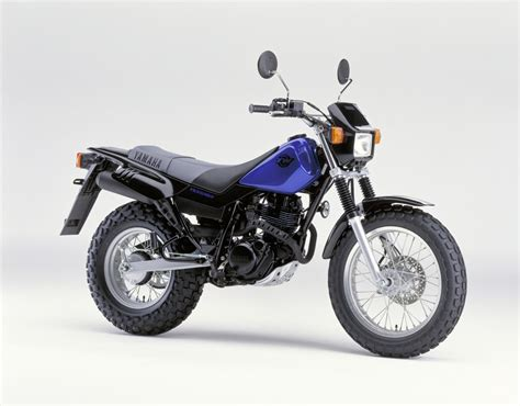 The Yamaha 125 At Motorbikespecsnet, The Motorcycle
