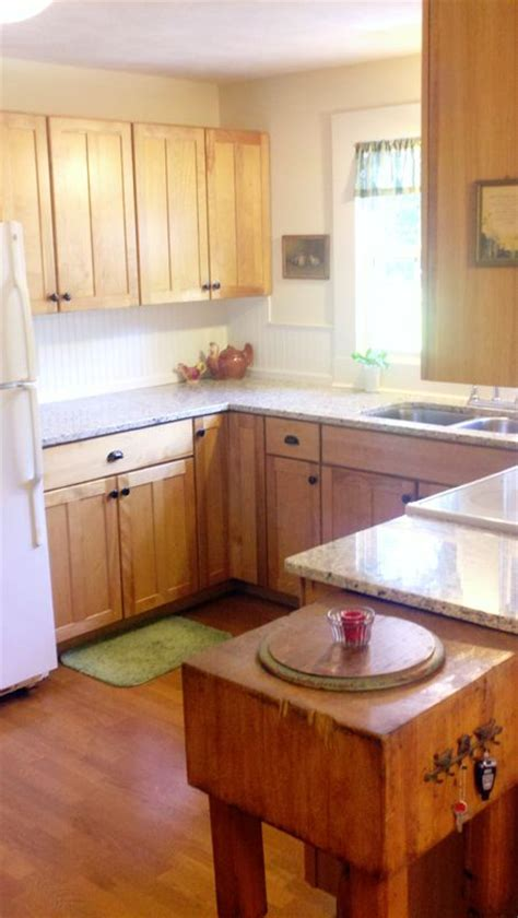 how to redo kitchen cabinets on a budget best 25 birch cabinets ideas on maple kitchen 9821
