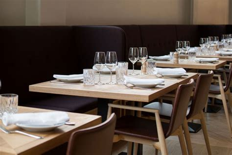 Table Restaurant Menu by European Quality Tables For Restaurants Barazzi