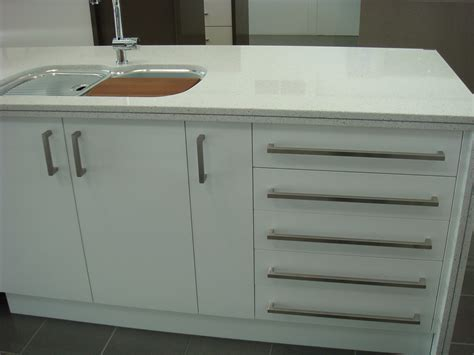 modern kitchen cabinet knobs contemporary cabinet pulls hardware modern contemporary