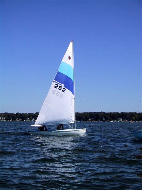 Sail Boat Images by File Inland Cat Sailboat Jpg Wikimedia Commons