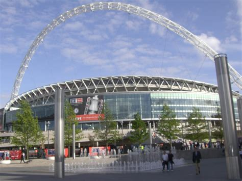 Nottingham Forest to appear at new Wembley for first time ...