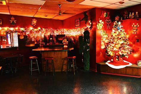 update  christmas dive bar lalas reopens