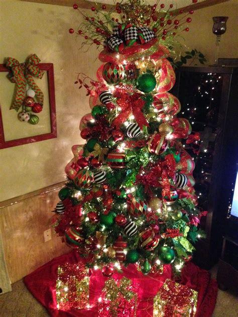 red  green christmas tree   pop  black