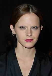 the straight dope celebrities without eyebrows 25 photos worldwideinterweb