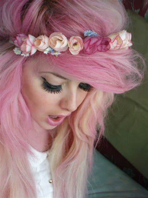 scene girl  pink hair Pinterest