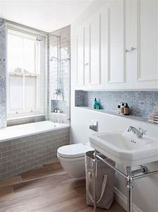 Kleine Moderne Badezimmer : kleine und moderne badezimmer mit badewanne freshouse ~ Sanjose-hotels-ca.com Haus und Dekorationen