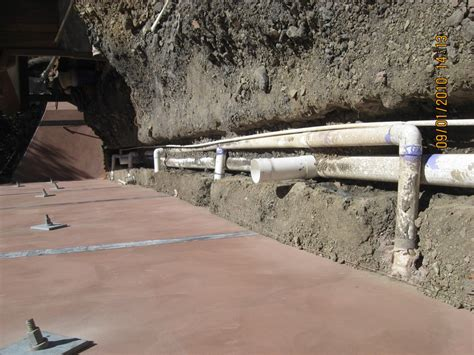 retaining wall with drainage pipe drainage waterproofing rwr