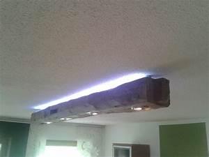 Lampe Mit Holzbalken : lampe aus alten balken ~ Bigdaddyawards.com Haus und Dekorationen