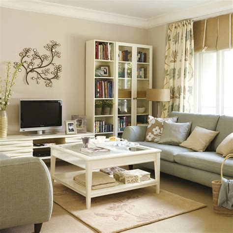 44 Cozy And Inviting Small Living Room Decorating Ideas