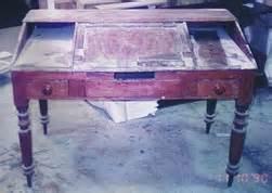 restoration of antique furnture using polishing