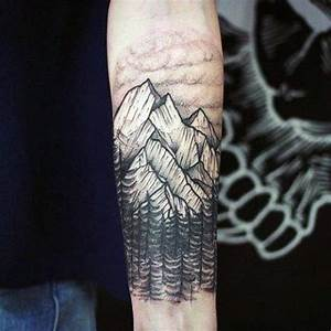 Tatouage Paysage Montagne : 40 mountain tattoo designs for men climb the highest peak ~ Melissatoandfro.com Idées de Décoration