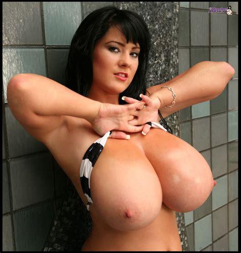My Boob Site Big Tits Blog » Blog Archive » The ULTIMATE Big Tits Bikini Babe