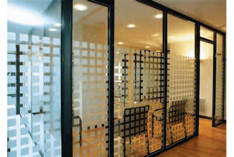 cloisonnement bureau cloison amovible de bureau coulissante ou vitrée en
