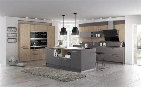 plan de travail cuisine gris clair cuisine chene clair idealis plan de travail beige