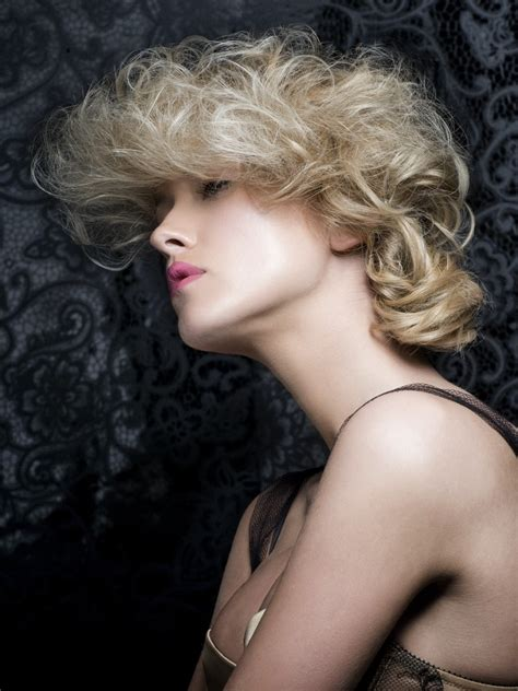moulin rouge  hairstyle  large curls   soft knot