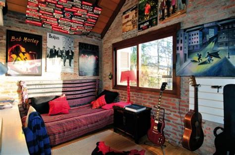 cool teen bedroom ideas that will your mind 35 cool teen bedroom ideas that will blow your mind 35 | Teen bedroom decor ideas with album covers
