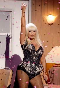 Halloween Attractions In Pa by Christina Aguilera 171 Cbs Pittsburgh