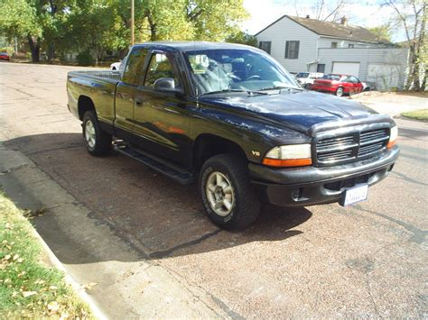 1999 Dodge Dakota Sport 4x4 at Alpine Motors