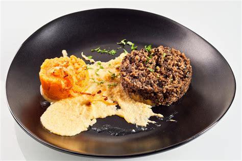 plate  haggis neeps  tatties stock image image  kitchen cookery