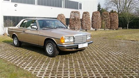 Mercedes Benz 230CE W123 - YouTube