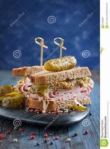 Désherber Avec Du Vinaigre : sandwich canadien avec du jambon les conserves au ~ Melissatoandfro.com Idées de Décoration