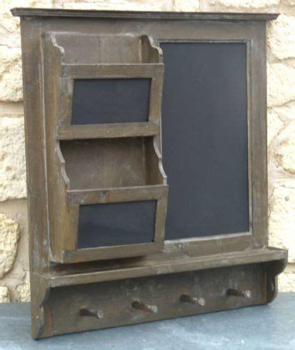 tableau noir ardoise cuisine tableau ardoise pense bete de cuisine mural en bois